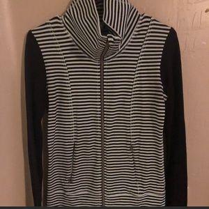 Lululemon zip up jacket, sz. 4